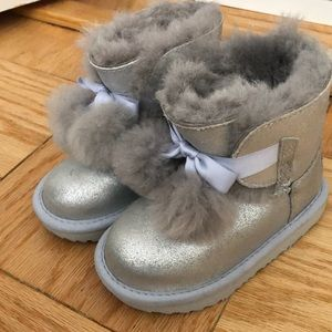 Uggs Toddler 9 (worn once indoors) silver boots